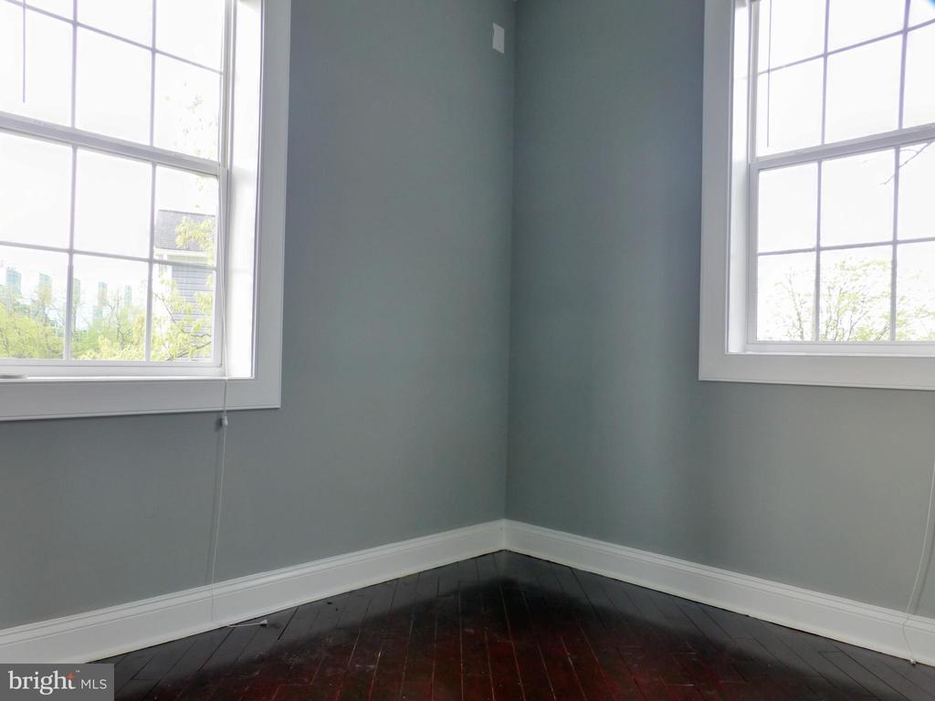 Second Bedroom bonus Sitting Area - 2621 STENHOUSE PL, DUNN LORING