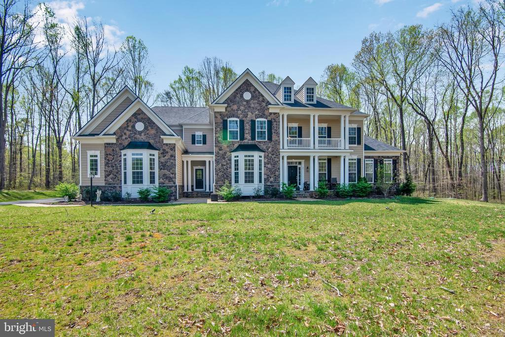 Absolutely Beautiful!! - 21 GLENVIEW CT, STAFFORD