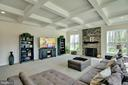 Main level family room with coffered ceiling - 21 GLENVIEW CT, STAFFORD