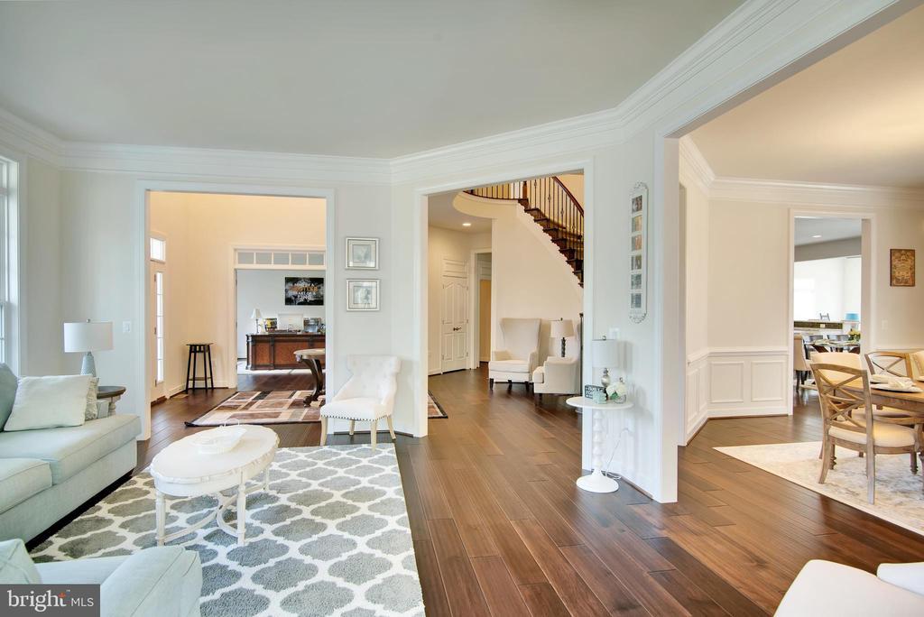 Formal living room - 21 GLENVIEW CT, STAFFORD