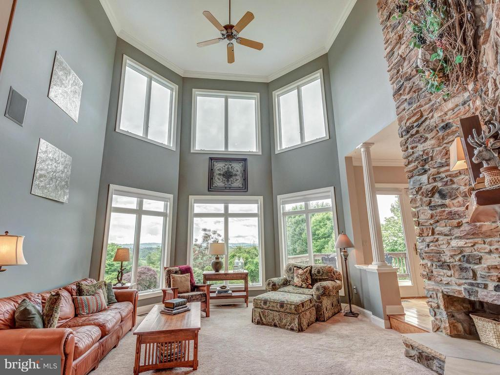 Stunning windows and breathtaking views! - 7803 PICNIC WOODS RD, MIDDLETOWN