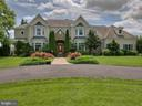 Exceptional  design and mature landscaping! - 7803 PICNIC WOODS RD, MIDDLETOWN