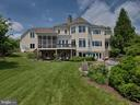 Lovely yard to host parties and events! - 7803 PICNIC WOODS RD, MIDDLETOWN