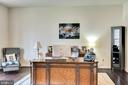 Elegant private office - 21 GLENVIEW CT, STAFFORD