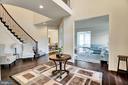 Stunning foyer - 21 GLENVIEW CT, STAFFORD
