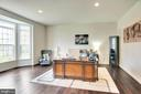Private office with lots of natural light - 21 GLENVIEW CT, STAFFORD