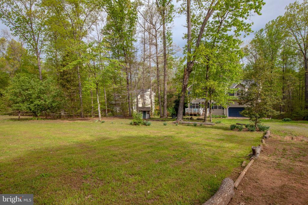 Huge front yard! - 15001 DOVEY RD, SPOTSYLVANIA