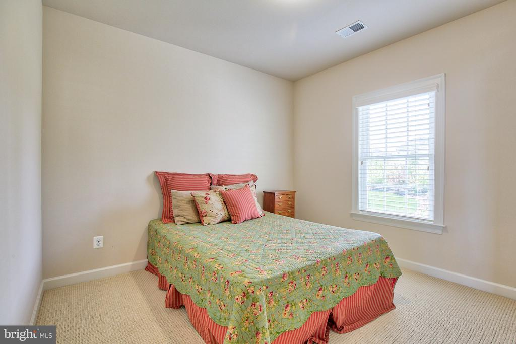 Bedroom 1 on upper level - 41656 REVIVAL DR, ASHBURN