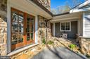 Beautiful stone work - 43470 EVANS POND RD, LEESBURG