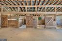 Spacious stalls - 43470 EVANS POND RD, LEESBURG