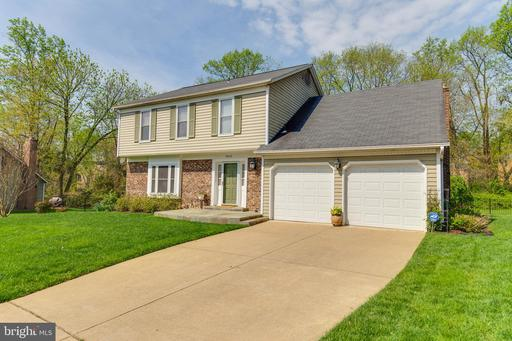 9926 COURTHOUSE WOODS CT