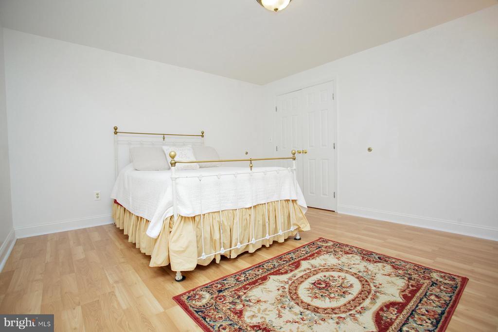 5th Bedroom in Basement (NTC) - 29 BLOSSOM WOOD CT, STAFFORD
