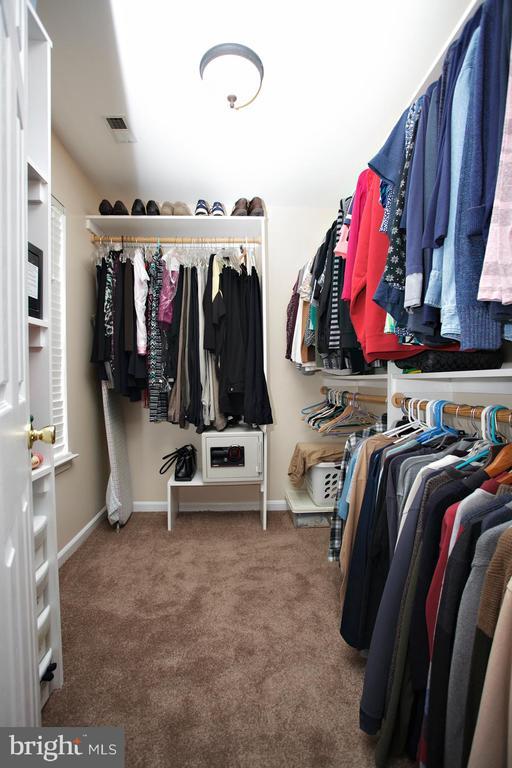 Master Walk-in Closet - 29 BLOSSOM WOOD CT, STAFFORD