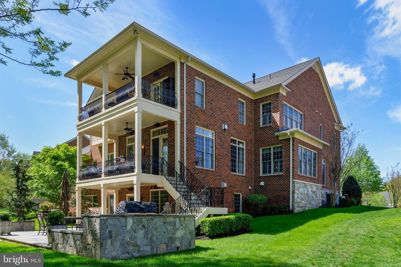 Single Family Homes por un Venta en Chantilly, Virginia 20151 Estados Unidos