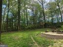 Yard and fire pit - 9327 TOVITO DR, FAIRFAX