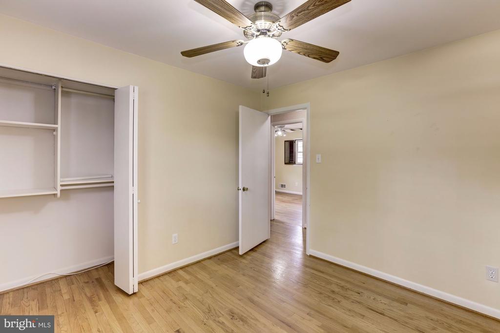 Bedroom - 9505 FARMVIEW CT, FAIRFAX