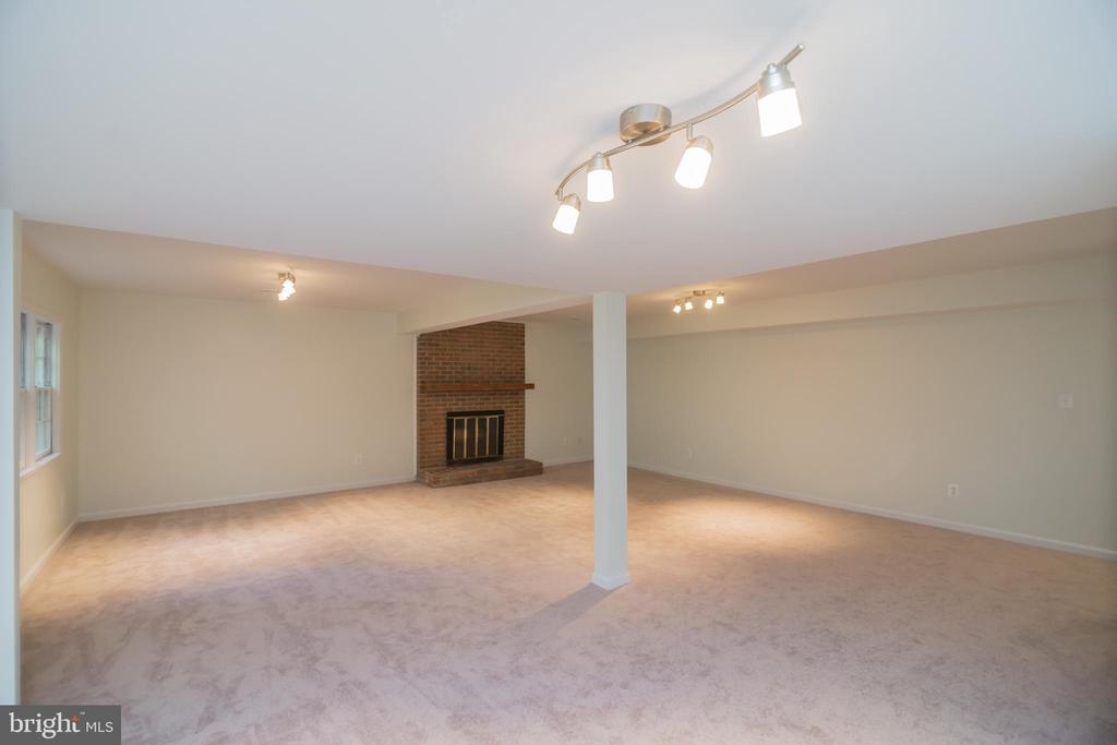 Basement with Fireplace - 3296 TILTON VALLEY DR, FAIRFAX