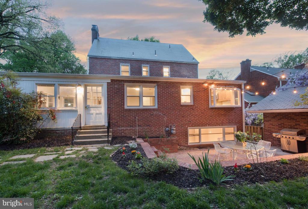 Exterior (rear) - 1503 N EDISON ST, ARLINGTON