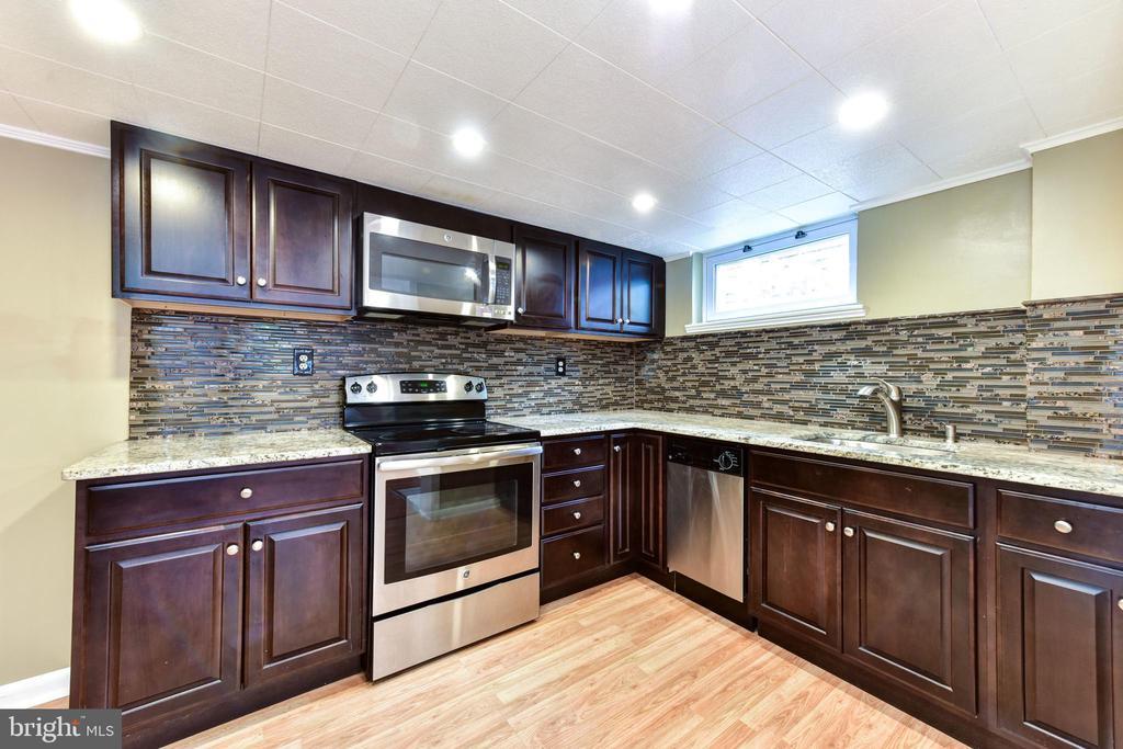 Basement Kitchen - 1503 N EDISON ST, ARLINGTON
