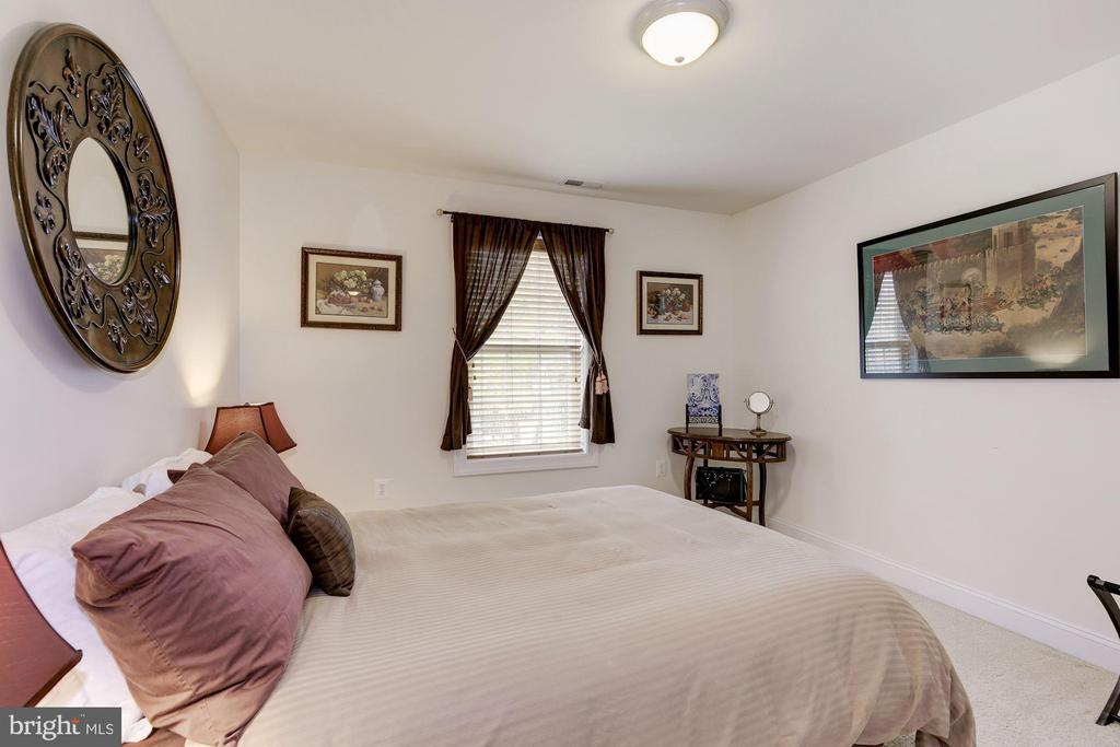 Bedroom #3 - 7318 EDMONSTON RD, COLLEGE PARK