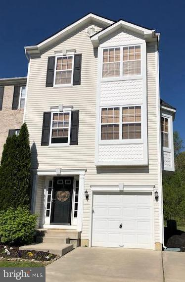 Photo of home for sale at 2 Nicole Court, Deptford NJ