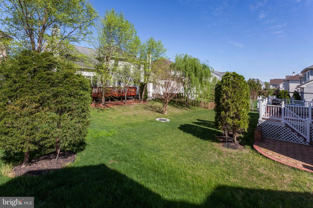 - 25479 GIMBEL DR, CHANTILLY