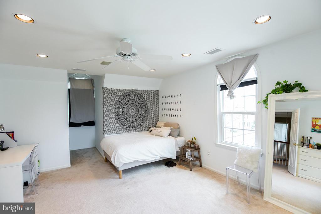 Bedroom Suite #2 - 5708 TRAFTON PL, BETHESDA