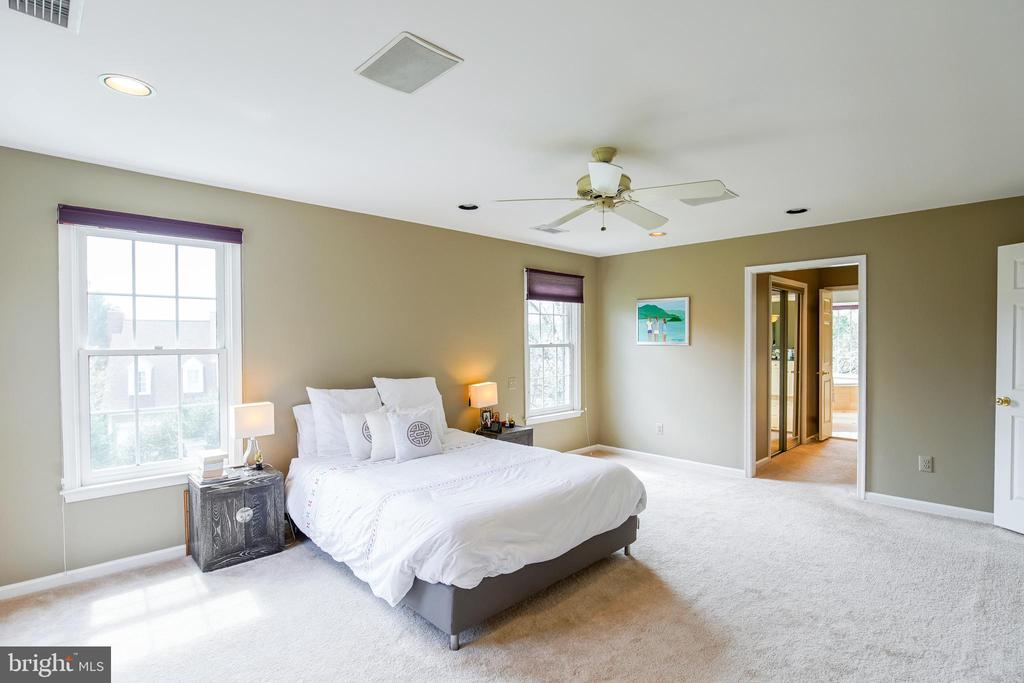 Owners Suite - 5708 TRAFTON PL, BETHESDA
