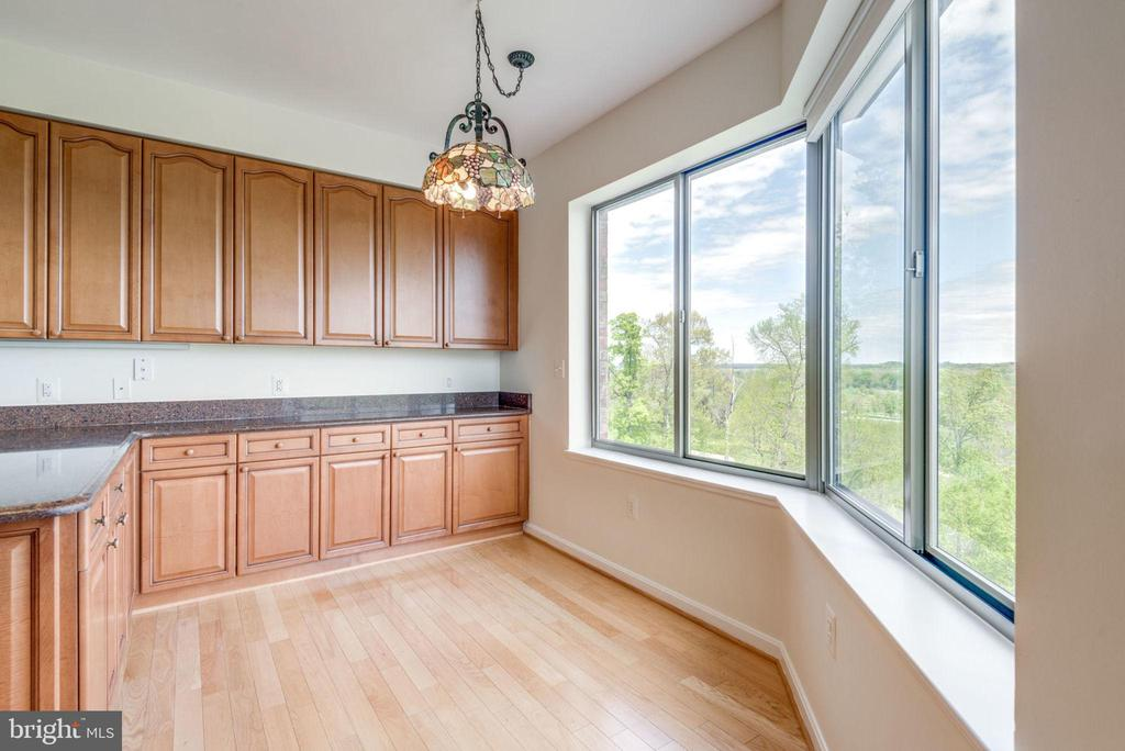 Breakfast Can Be Enjoyed with a View - 19355 CYPRESS RIDGE TER #218, LEESBURG