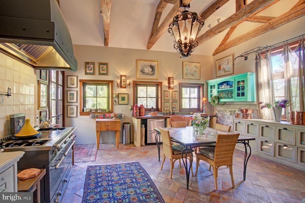 Antique Brick Floor Kitchen Addition - 40174 MAIN ST, WATERFORD