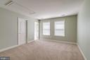 Generous sized bedrooms-this one is enshite - 47762 BRAWNER PL, STERLING