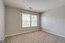 1 of 3 secondary bedrooms on upper level - 47762 BRAWNER PL, STERLING