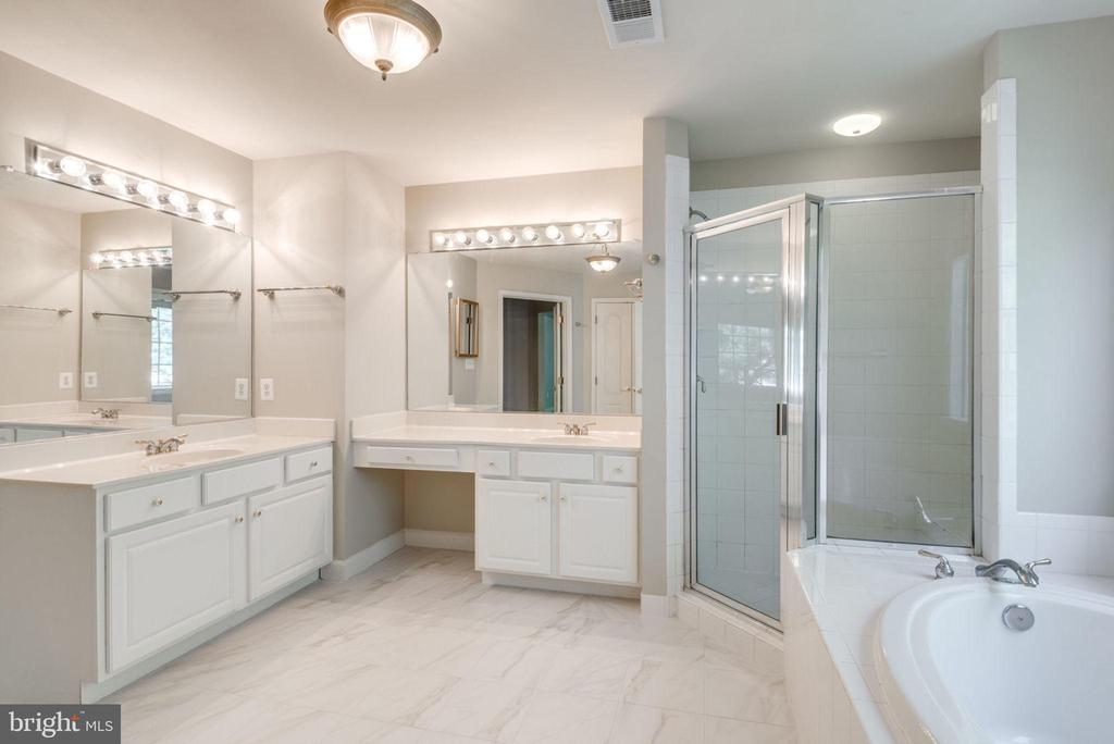 Dual vanities- no sharing needed.  You are welcome - 47762 BRAWNER PL, STERLING