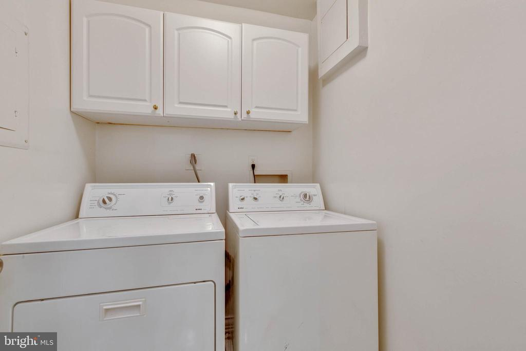 Laundry Room on lower level - 658 15TH ST S #A, ARLINGTON