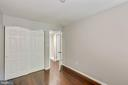 Third bedroom upstairs with hardwoods - 658 15TH ST S #A, ARLINGTON