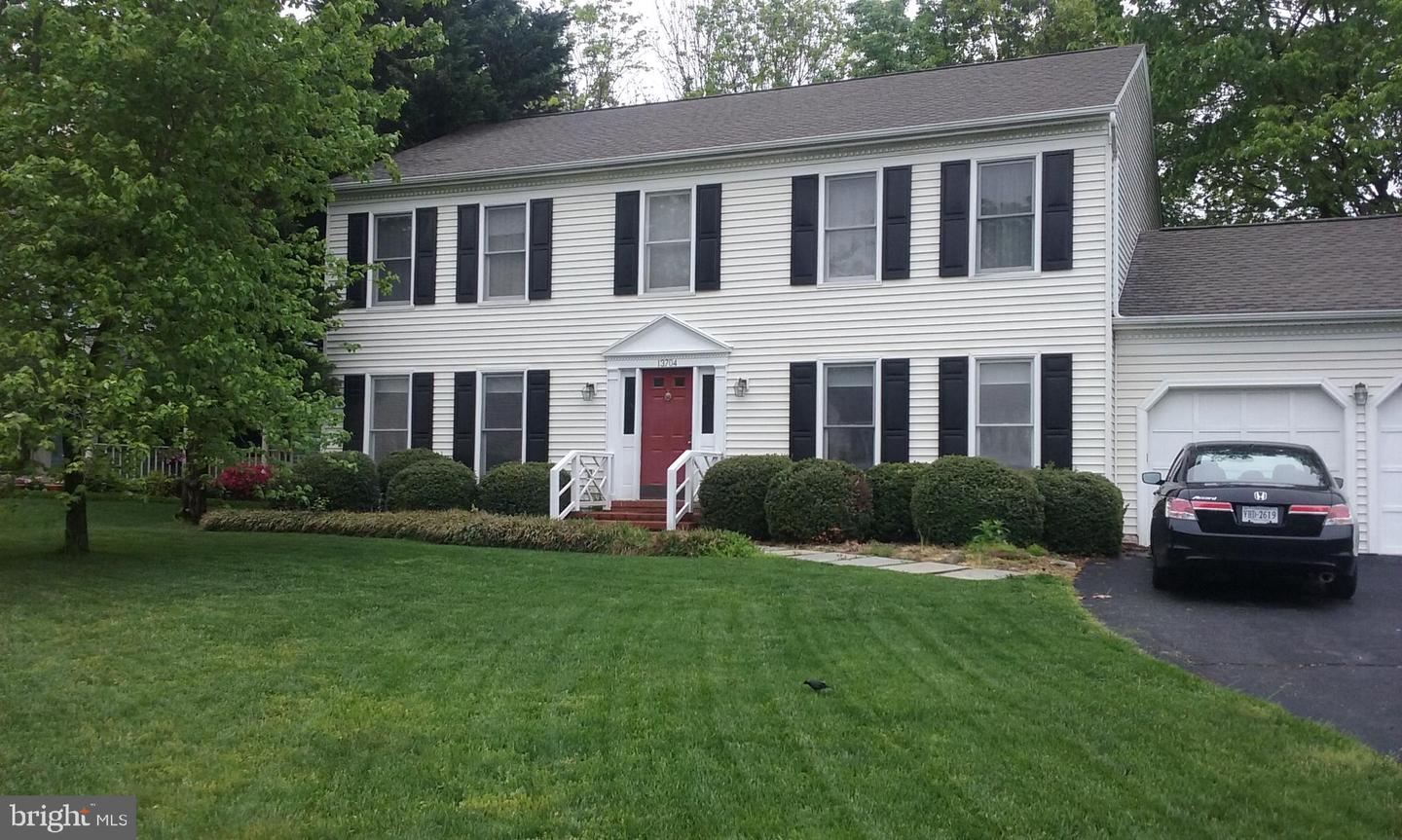 Single Family for Sale at 13704 Stonehunt Ct Clifton, Virginia 20124 United States