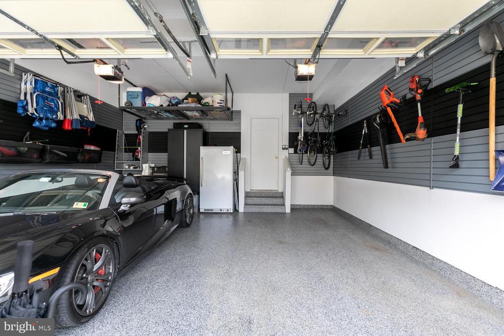 Finished garage - 47643 PAULSEN SQ, STERLING