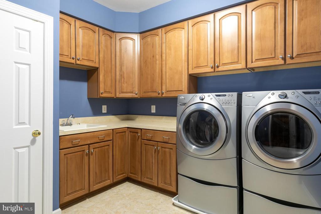 Laundry on bedroom level - 47643 PAULSEN SQ, STERLING