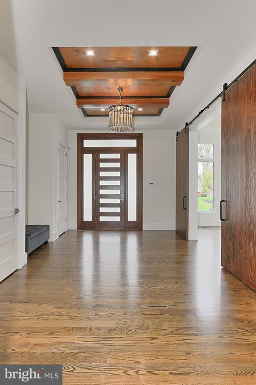 Foyer - 3036 N POLLARD ST N, ARLINGTON