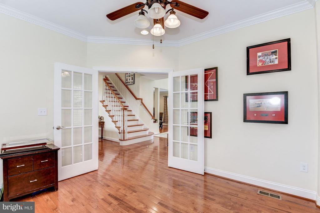 Office has double French doors - 43345 NICKLAUS LN, CHANTILLY