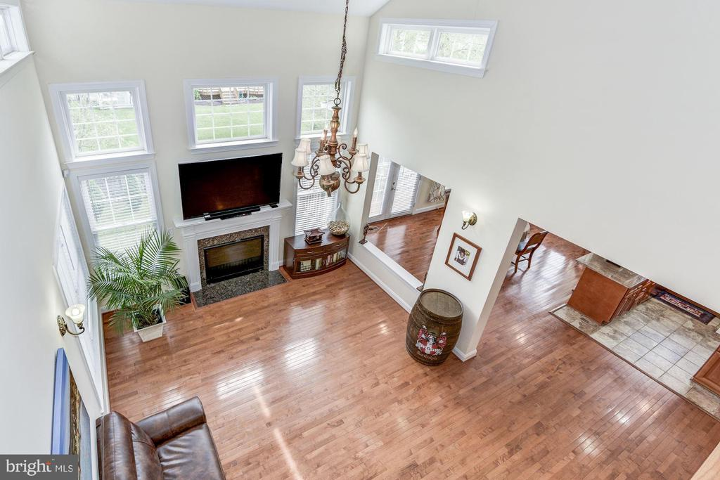 Overlook from upstairs balcony - 43345 NICKLAUS LN, CHANTILLY