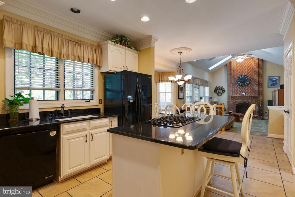 Such a Beautiful Kitchen - 8237 GALLERY CT, MONTGOMERY VILLAGE