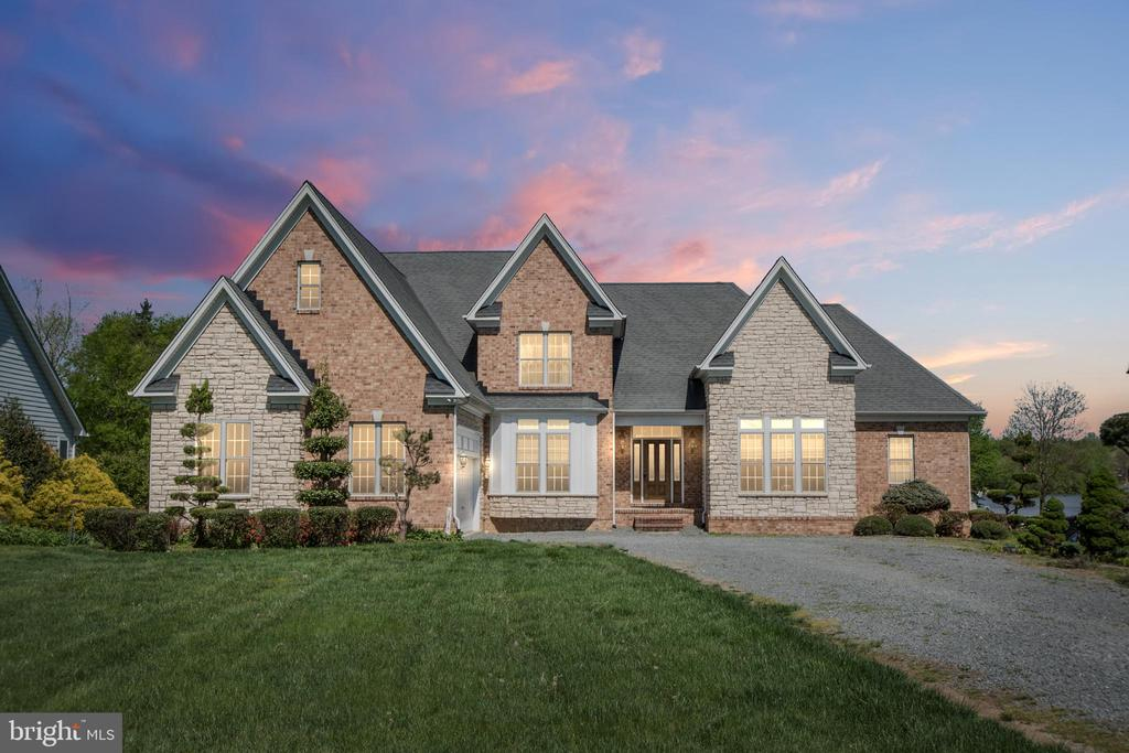 Tranquility awaits! - 26515 PENNFIELDS DR, ORANGE