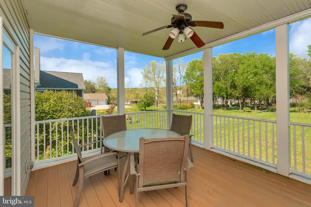 The perfect place for morning coffee - 26515 PENNFIELDS DR, ORANGE