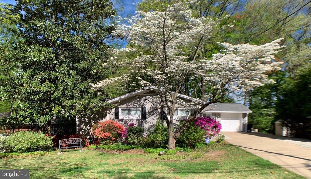10112  SPRING LAKE TERRACE, Fairfax, Virginia