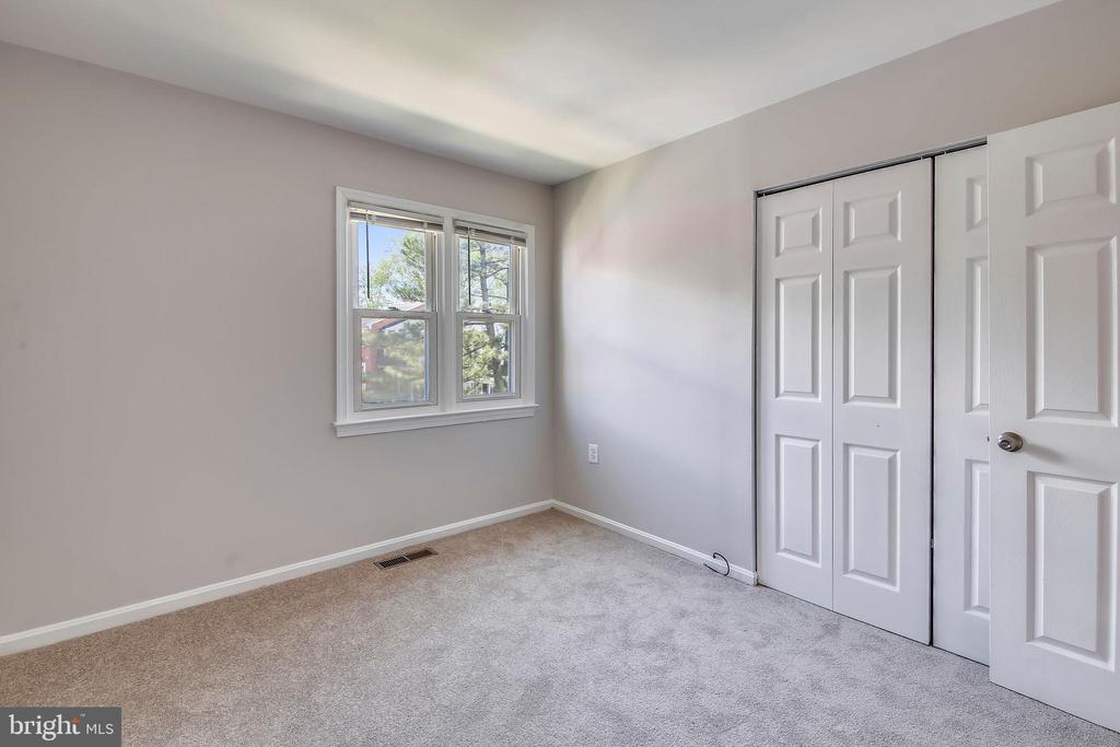 2nd Bedroom - 9130 BOBWHITE CIR, GAITHERSBURG
