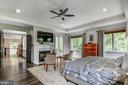 Tranquility from light, space, earth elements - 5029 38TH ST N, ARLINGTON