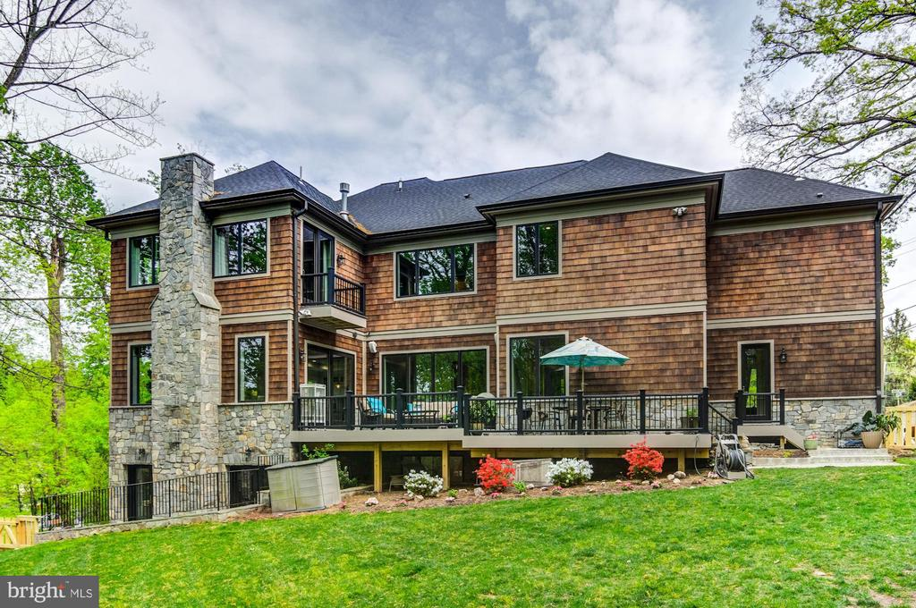 True WOW factor from all exterior views! - 5029 38TH ST N, ARLINGTON