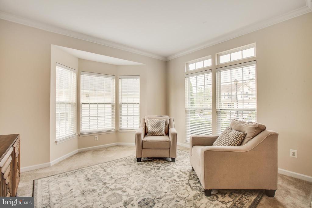 Living Room with Bay Window - 5209 LINDEN DR, FREDERICKSBURG