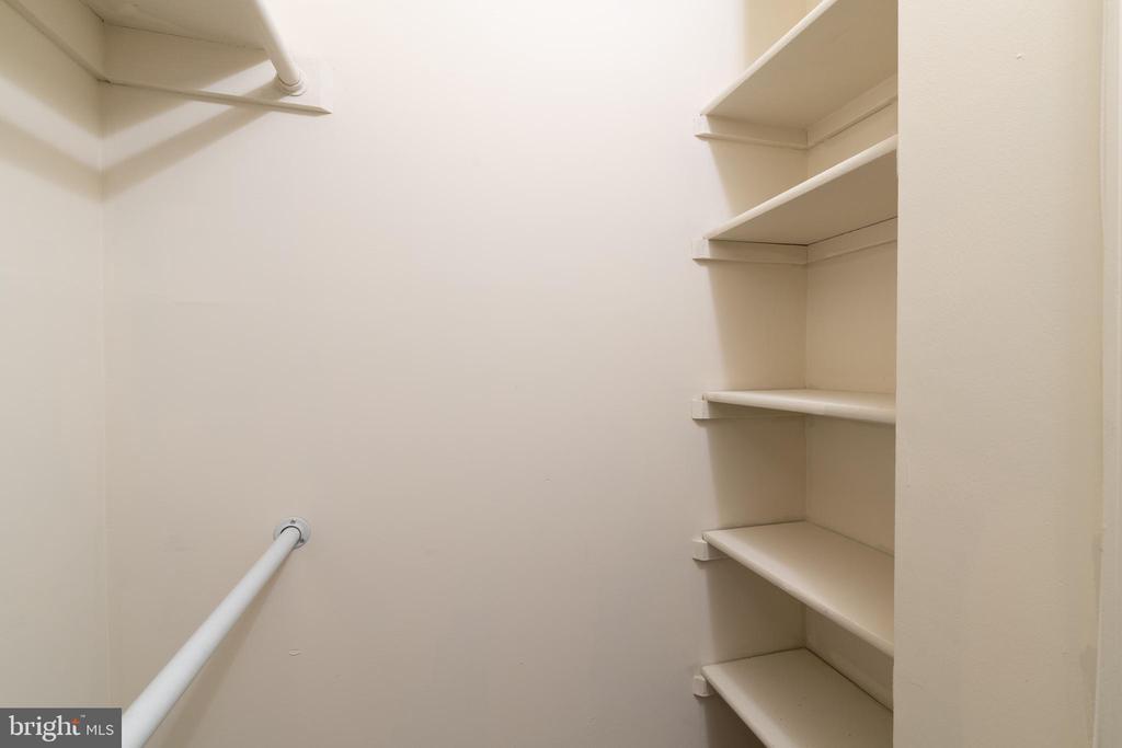 Closet with built in shelving - 2005 KEY BLVD #11577, ARLINGTON